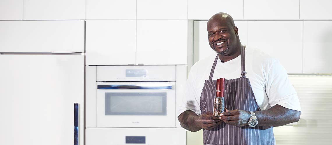 Learning to Cook With Shaq
