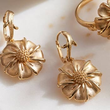 22K Gold | Beautiful Designs From India | 193-862 Sohna 22K Gold Flower 1.25 Drop Earrings, 12.78 grams