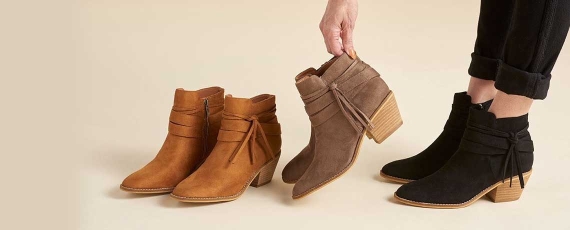 756-100 Corkys Topknot Faux Leather Side Zip Tie Wrap Ankle Boots