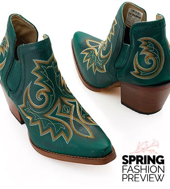 Durango Boots Western-Inspired Style 753-574 Durango Crush Full Grain Leather Stitch Detailed Ankle Boots