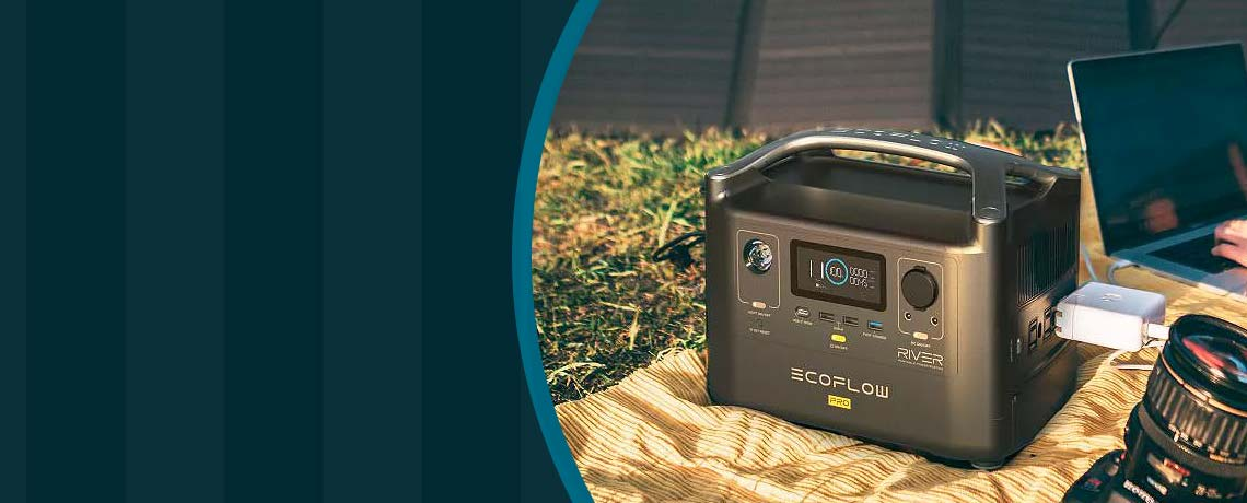 506-759 EcoFlow River Pro 720Wh Portable Power Station w Solar Charging Cable